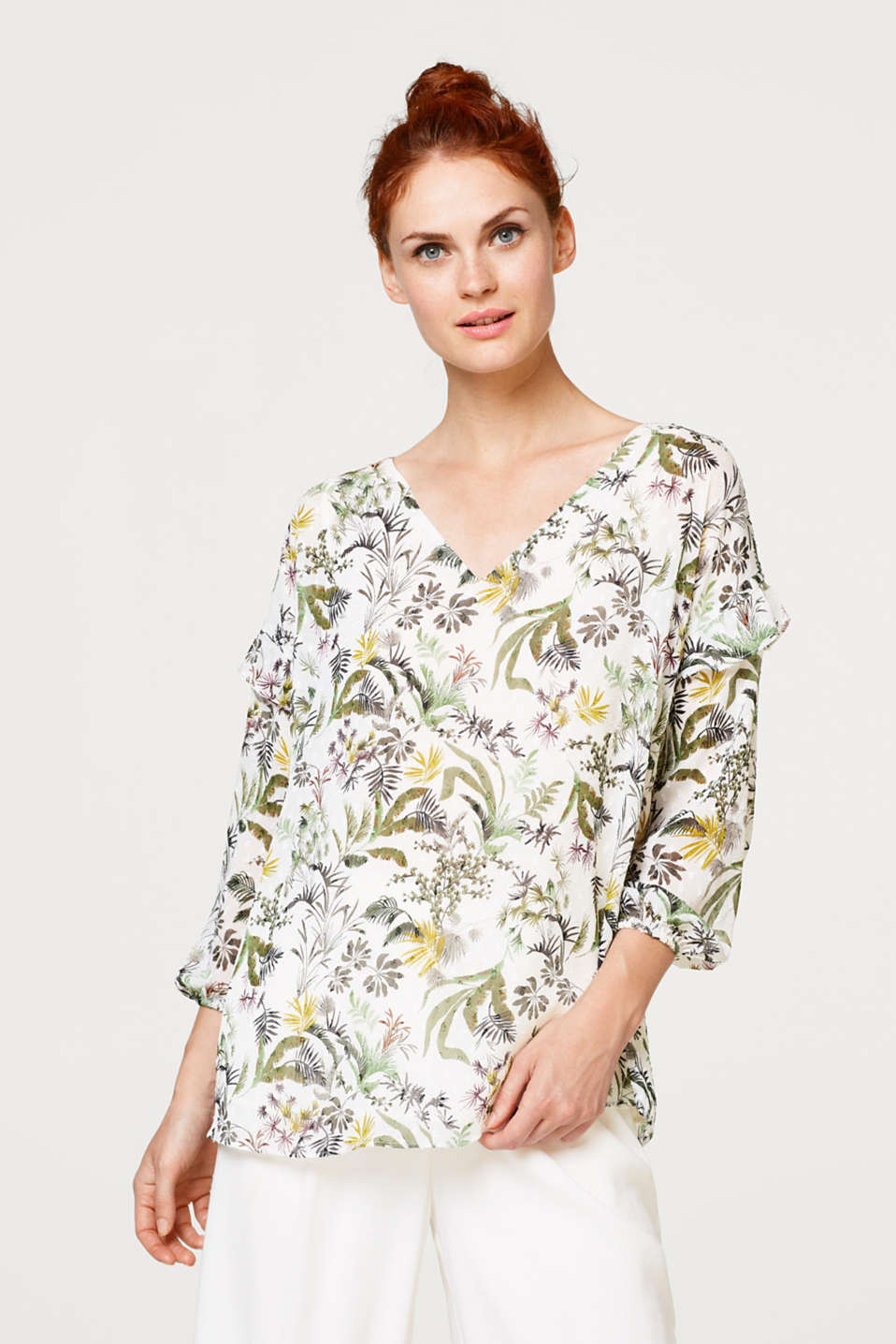 Esprit - Printed blouse made of crinkle chiffon with woven polka dots