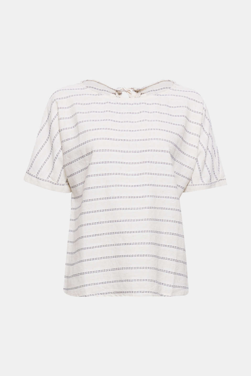 Light and airy is the way we roll when the weather warms up: blended linen blouse with a punctuated stripe pattern and lace-up effect at the back!
