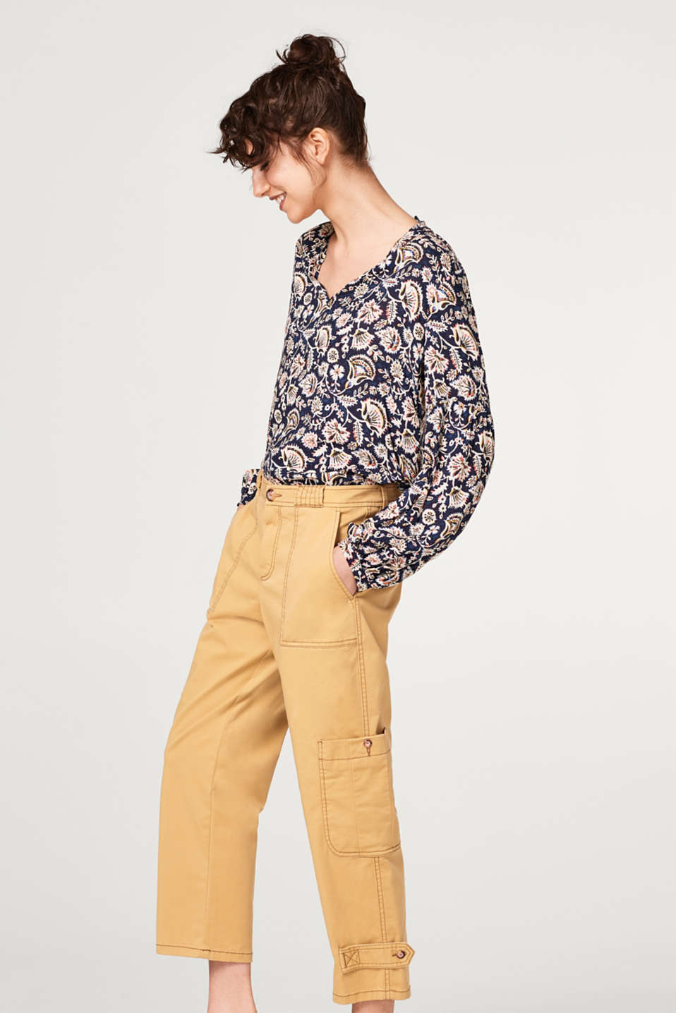 Esprit - Flowing printed blouse with balloon sleeves