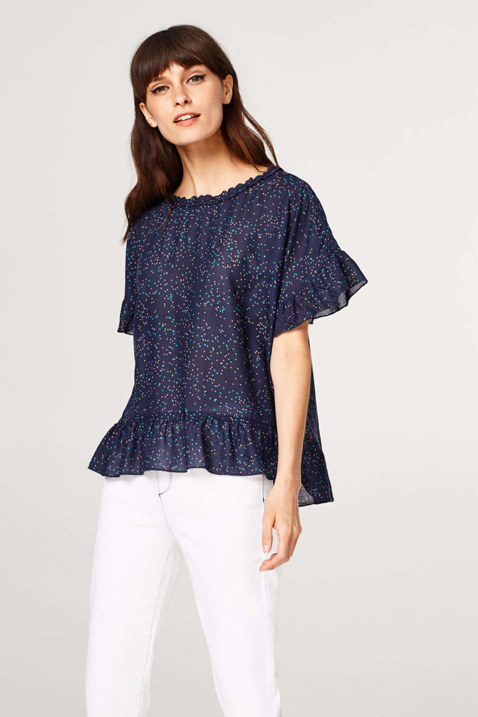 Esprit - Dainty blouse with colourful polka dots and a flounce hem