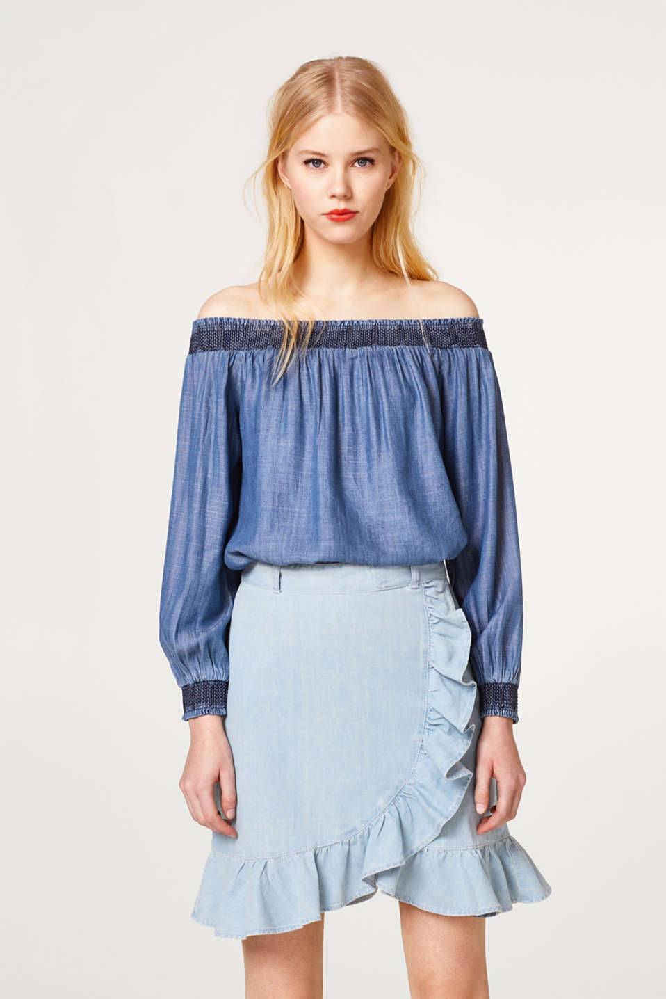 Esprit - Off-the-shoulder blouse made of lightweight lyocell