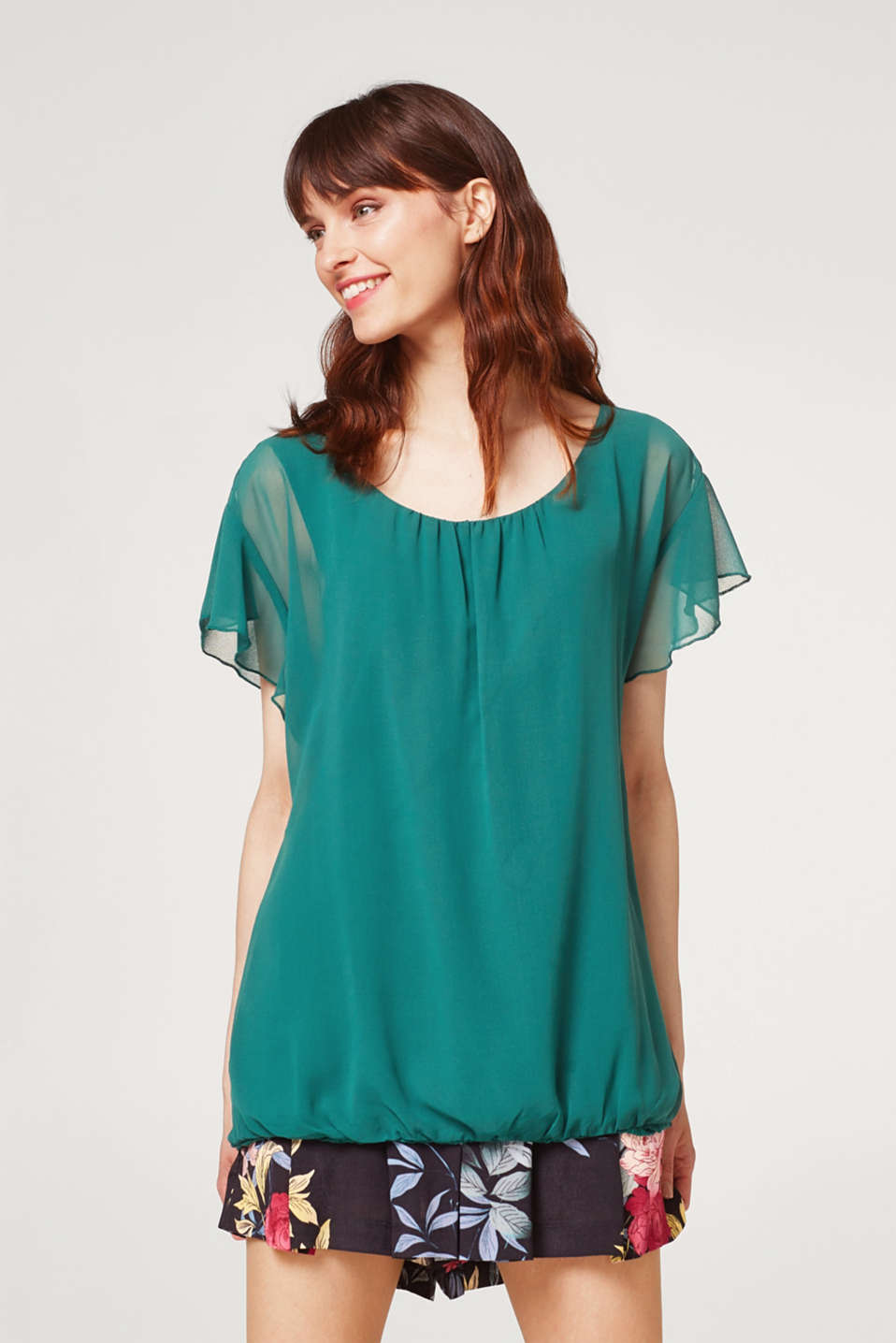 Esprit - Blouse top in chiffon with flounce sleeves