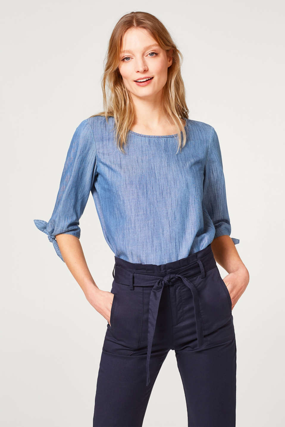 Esprit - Lightweight denim blouse with bow details