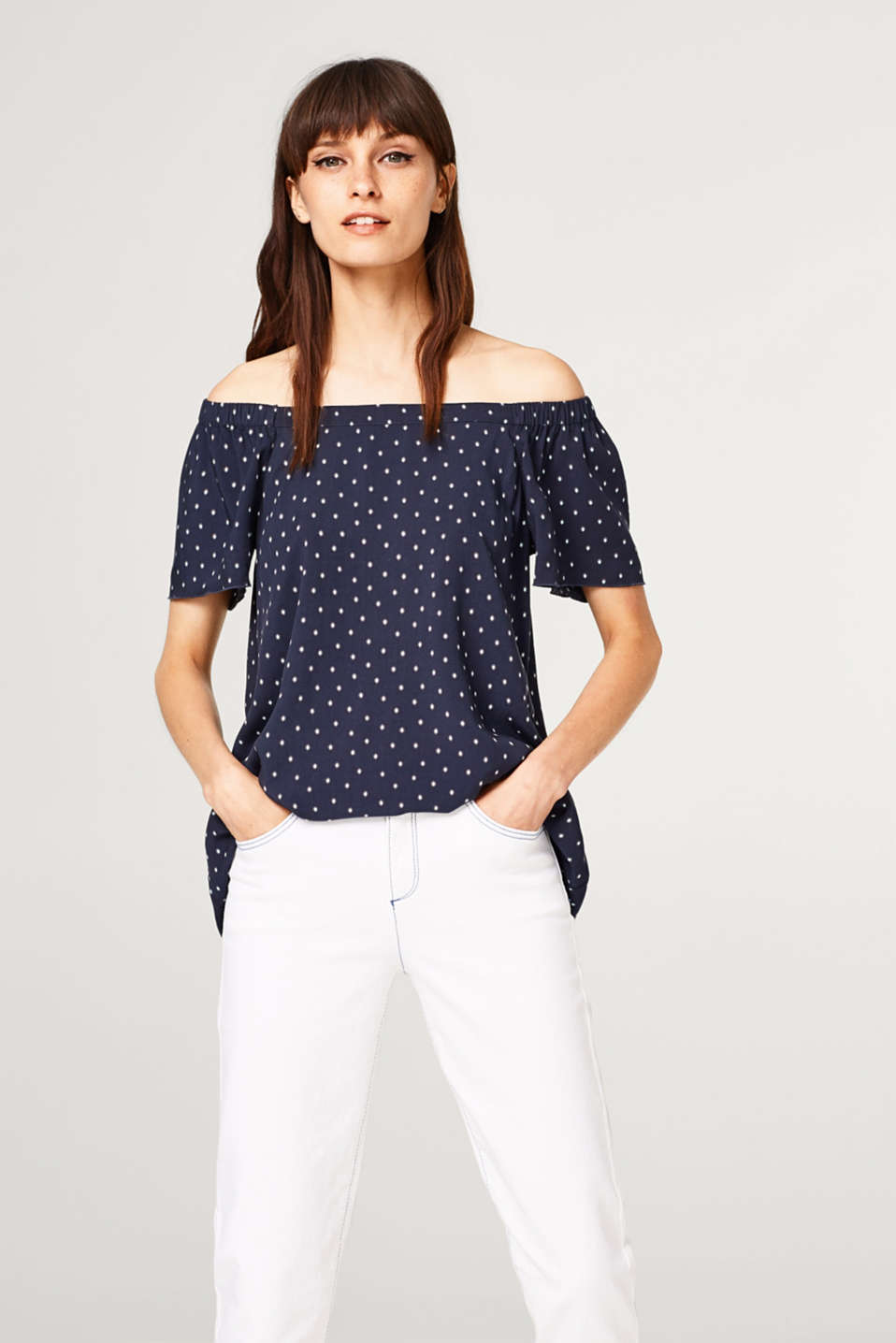 Esprit - Silky Carmen blouse with print and wing sleeves
