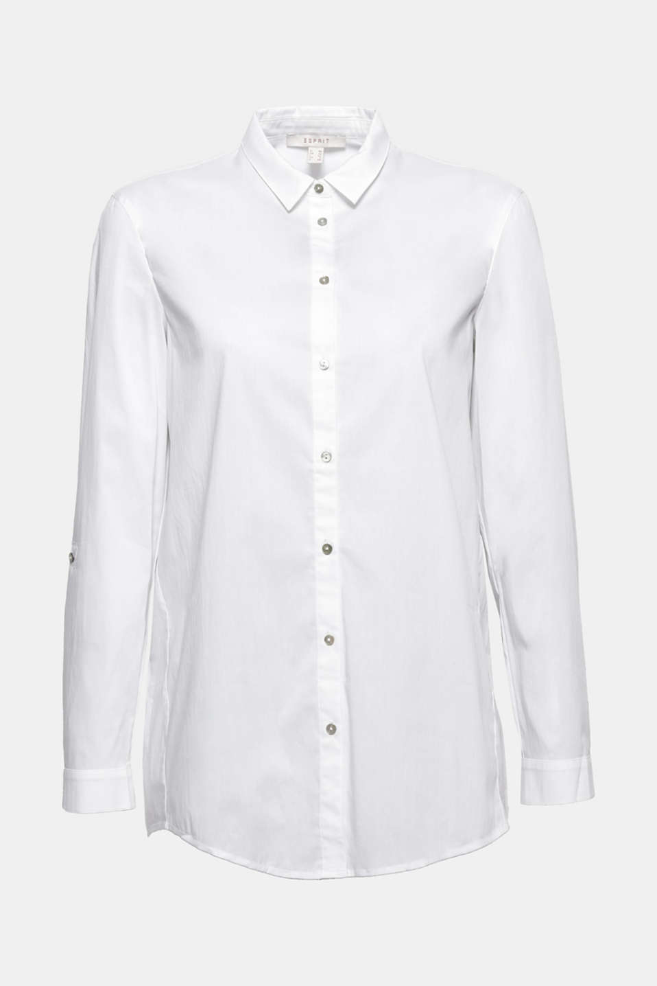 A must-have for your basic wardrobe: casual shirt blouse with turn-up sleeves and diagonal side seams.
