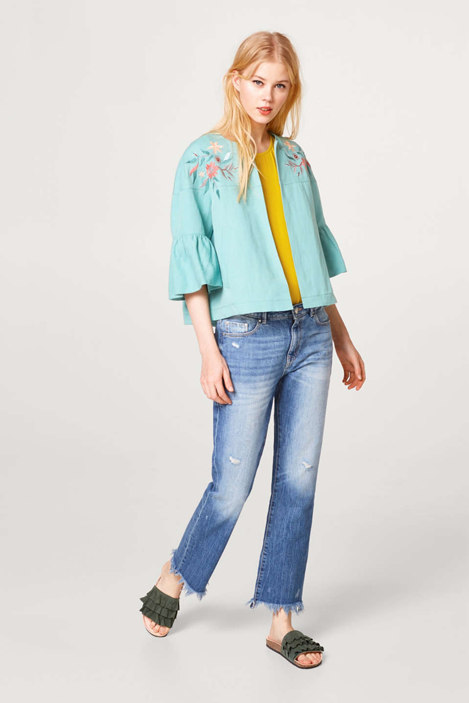 Embroidered jacket with linen in a fashionable A-line