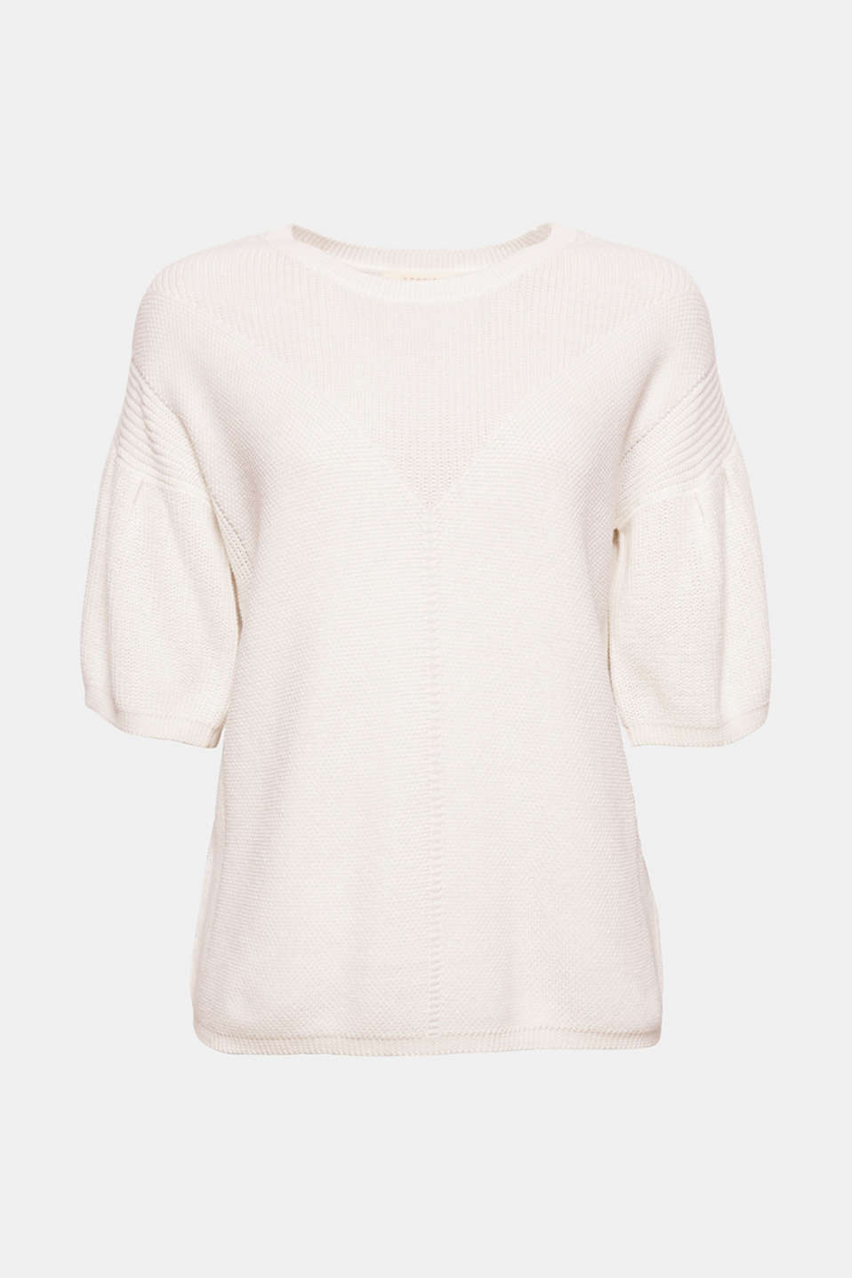 This soft textured jumper in a casual cut with short, wide sleeves comes in a casual look and is easy to pair with other pieces!