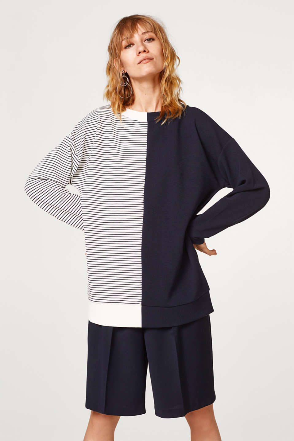 Esprit - Mix + match sweatshirt with a loose fit