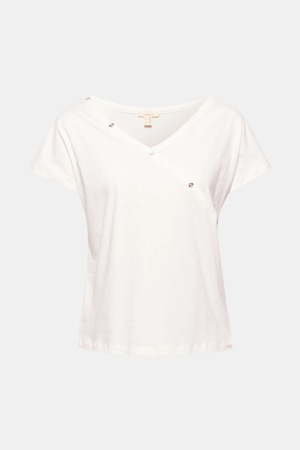 Sensationally slanted: the diagonal button placket gives this soft cotton top new modernity!