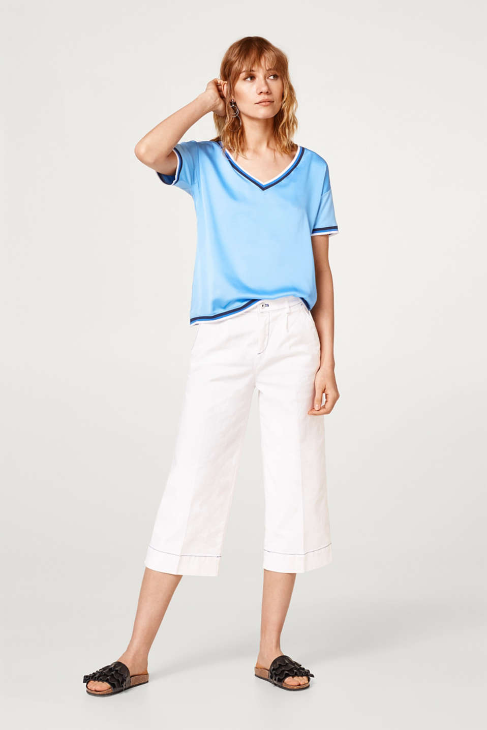 Silky material mix T-shirt in a tennis style