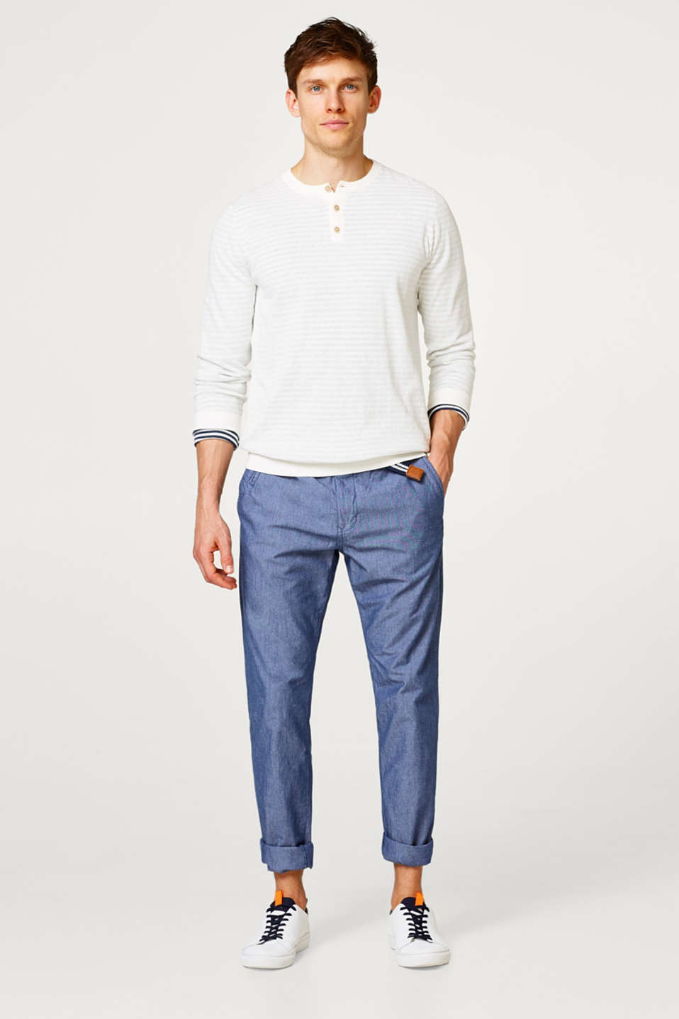 Lightweight chambray trousers made of pure cotton