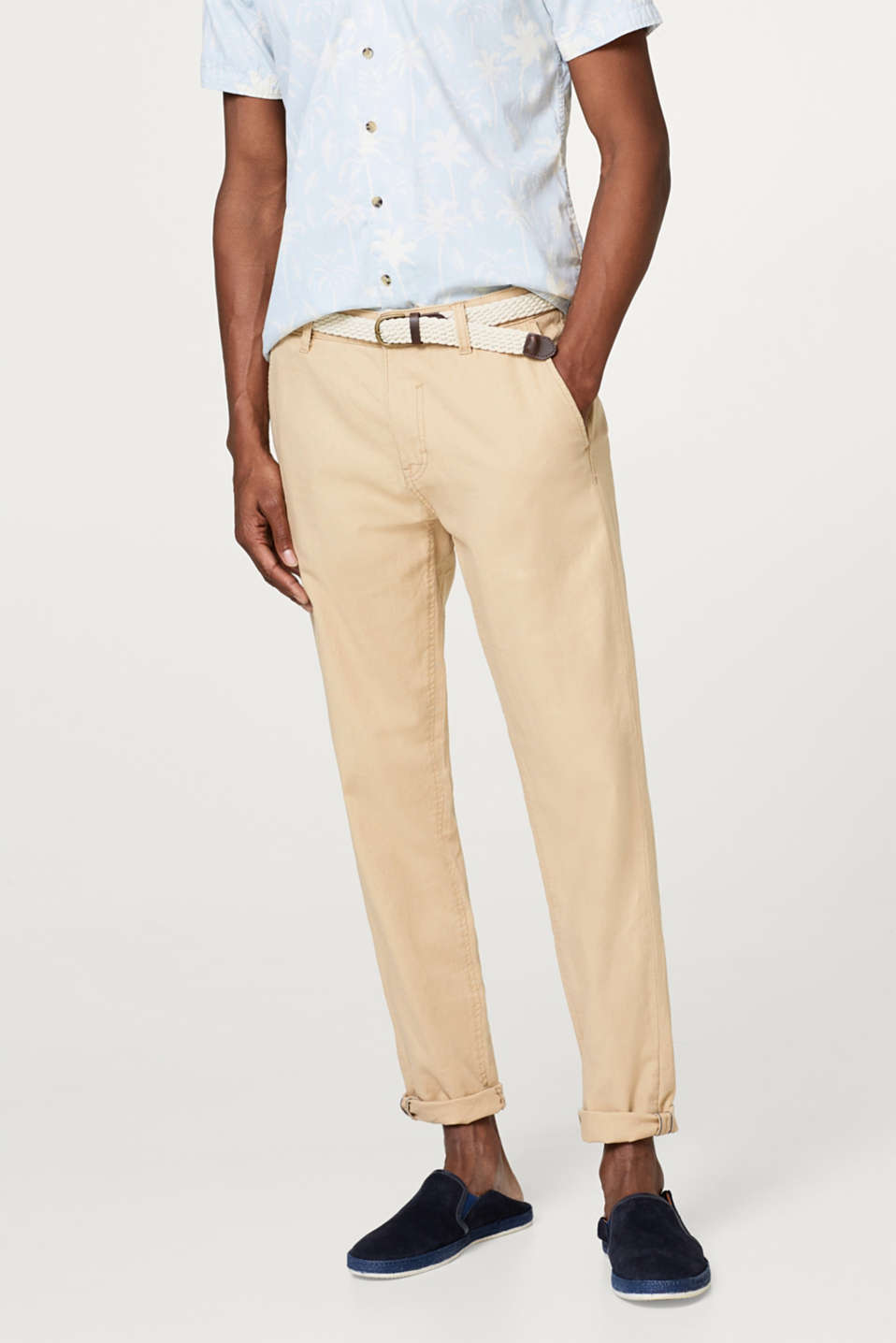 Esprit - Loose trousers with braided belt, in blended linen