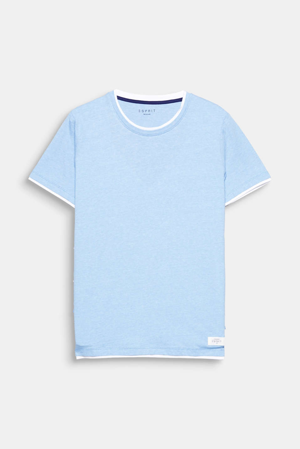 Cool layer look thanks to the colour contrast trim: cotton T-shirt.