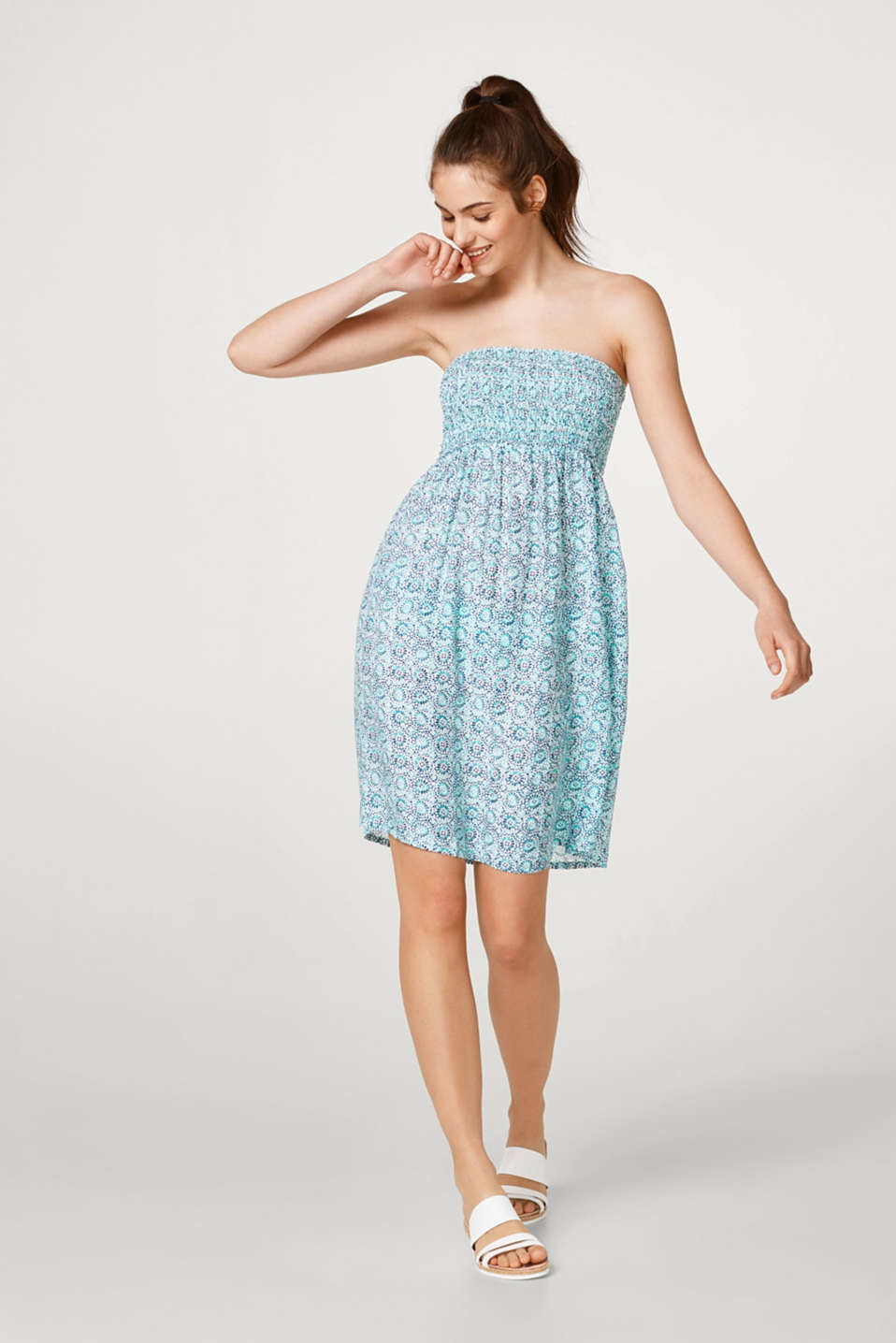 Esprit - Flowing bandeau dress with an ornamental print