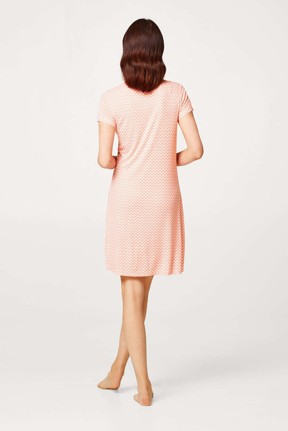 Snug jersey nightshirt with a delicate print