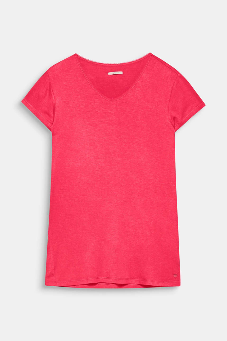 Bedtime highlight: this T-shirt with a lace-embellished V-neck in a fitted cut feels supersoft and light against the skin!