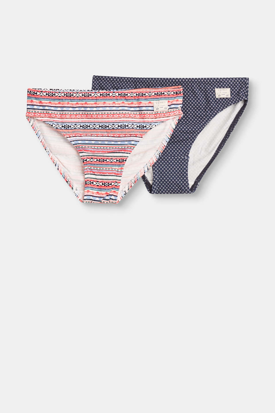 In two designs, with tiny flowers or colourful tribal intarsia: Elasticated cotton briefs in a practical double pack.