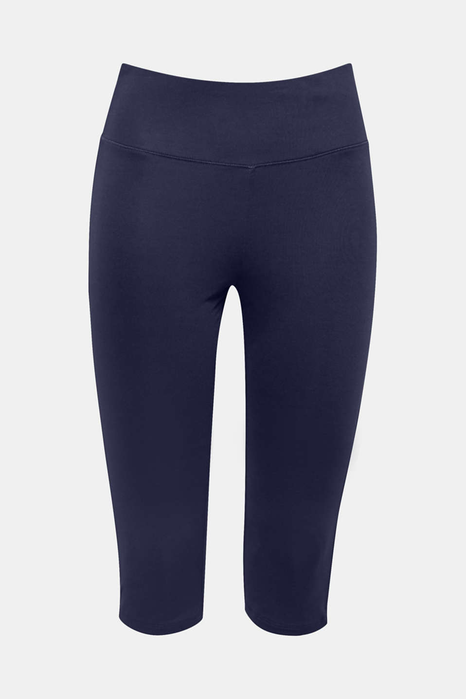 These capri leggings for the change in seasons are the perfect tracksuit bottoms with high-performance E-DRY technology.