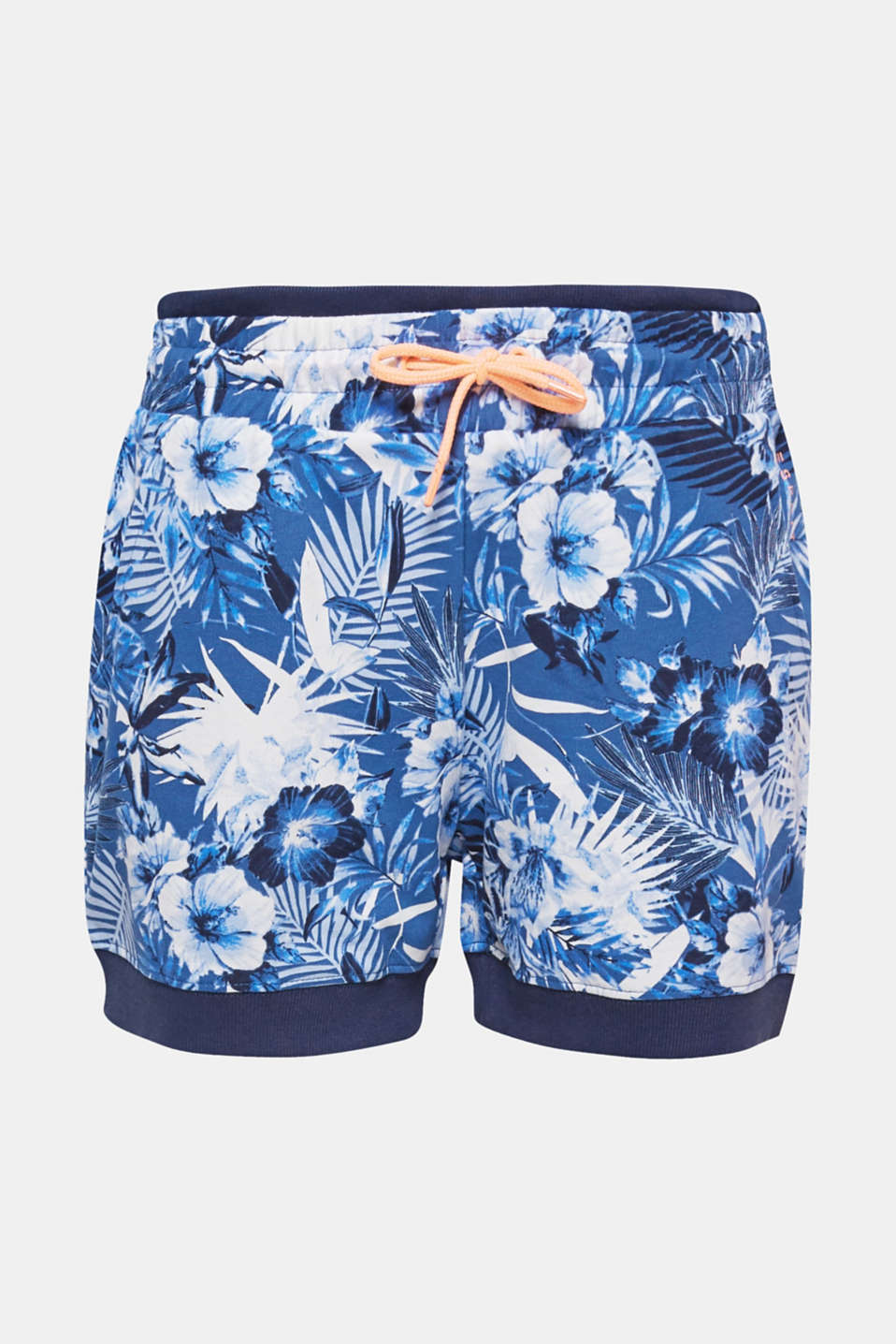 Perfect for free time and sport, these jersey shorts come with a decorative floral print, a wide layered waistband and ribbed edges!