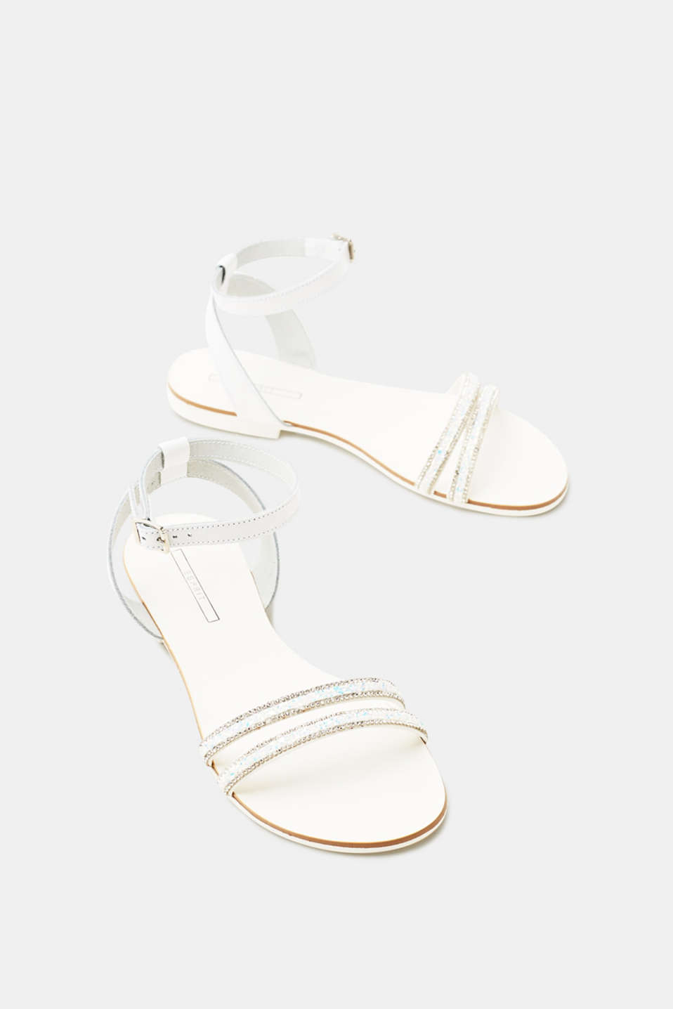 Flat sandals with leather straps and glittering stones