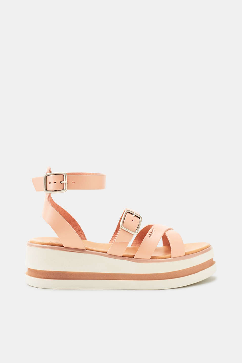 We love flatforms! These flat sandals wow with a stunning platform sole.