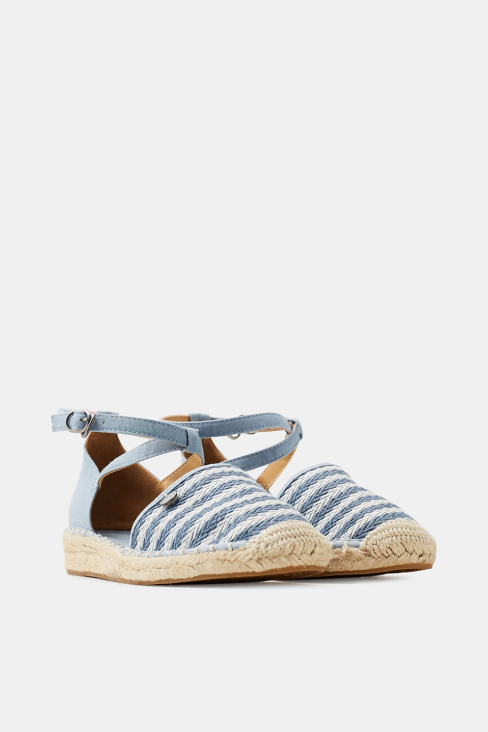 Espadrilles with a striped pattern
