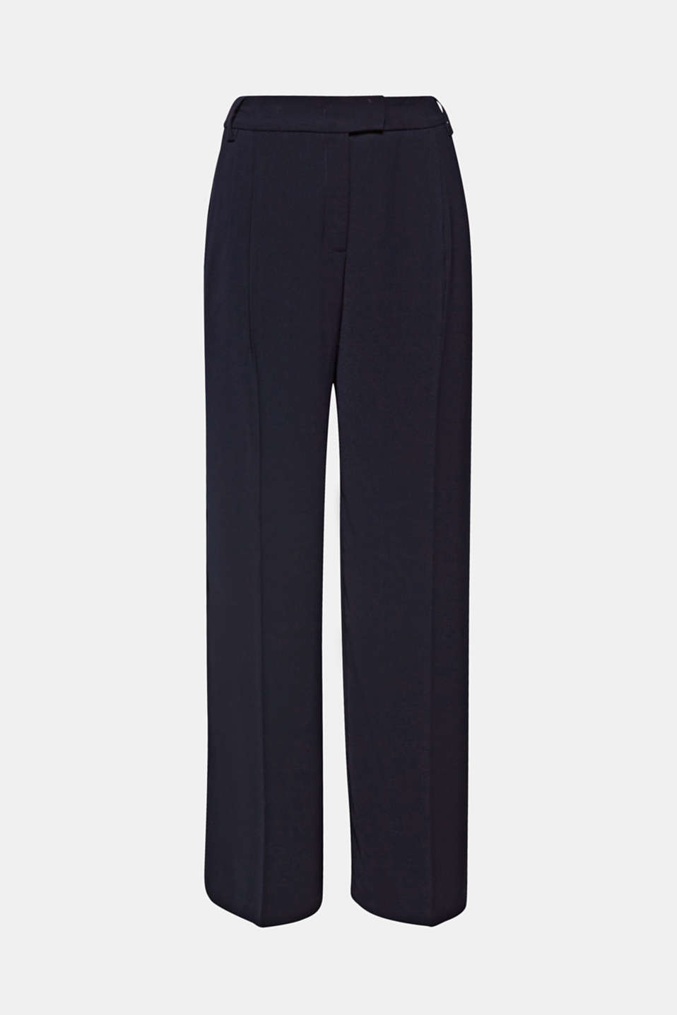 Modern and super chic: these softly draped crêpe trousers with added stretch for comfort have an extra wide leg with elegant pressed pleats!