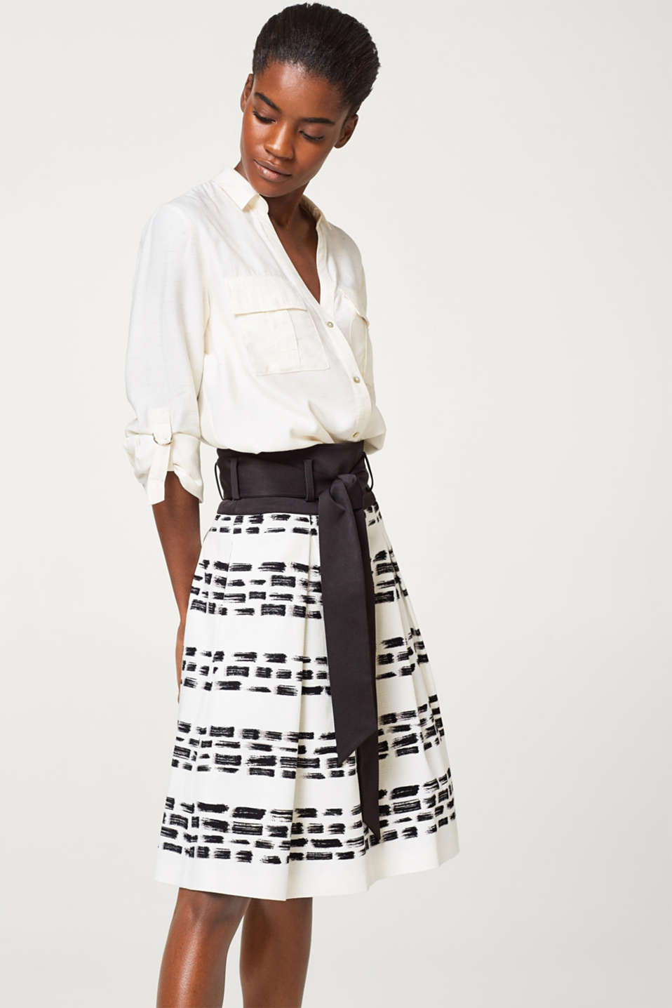 Esprit - Textured skirt with a print and grosgrain waistband
