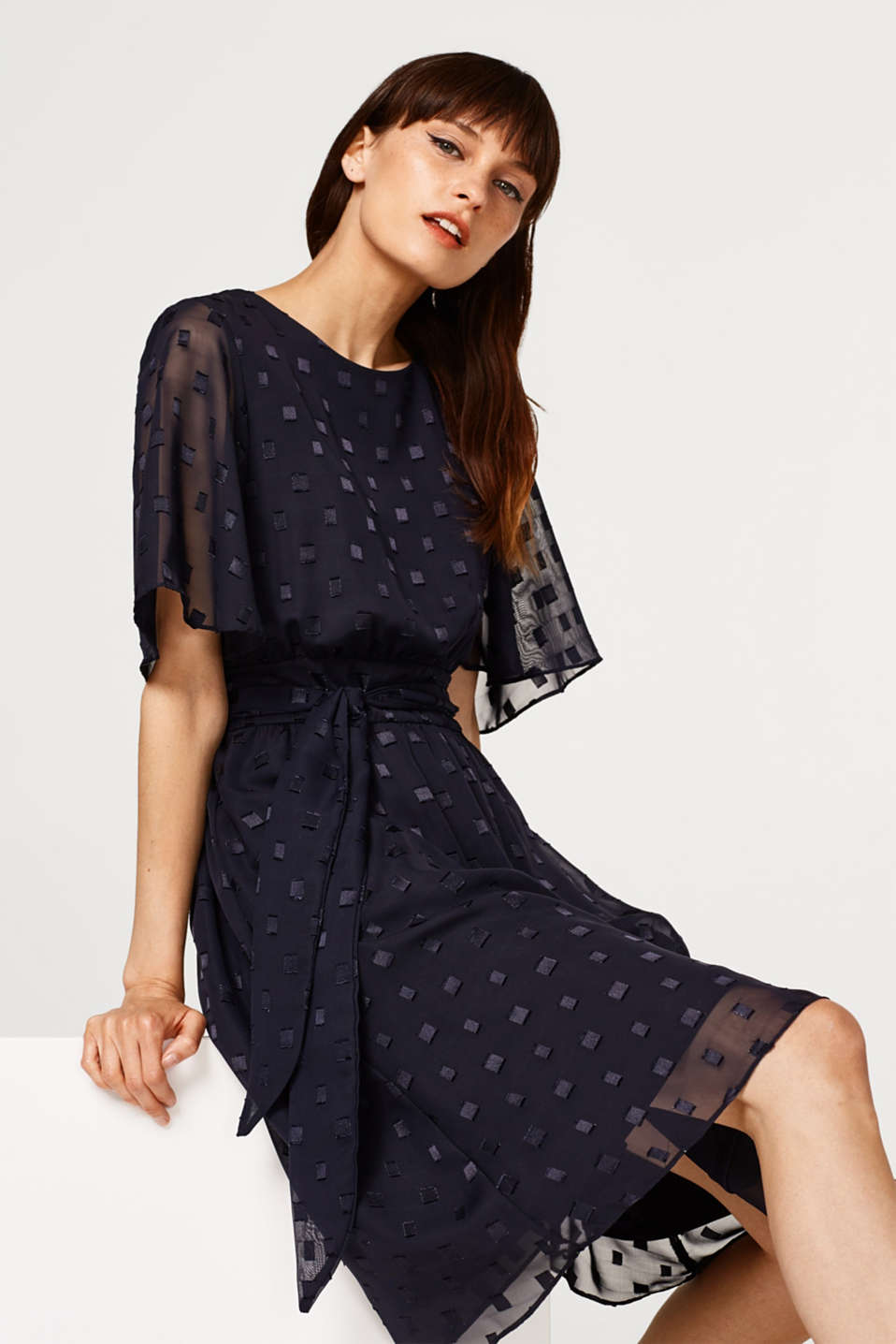 Esprit - Chiffon dress with a textured pattern and bow