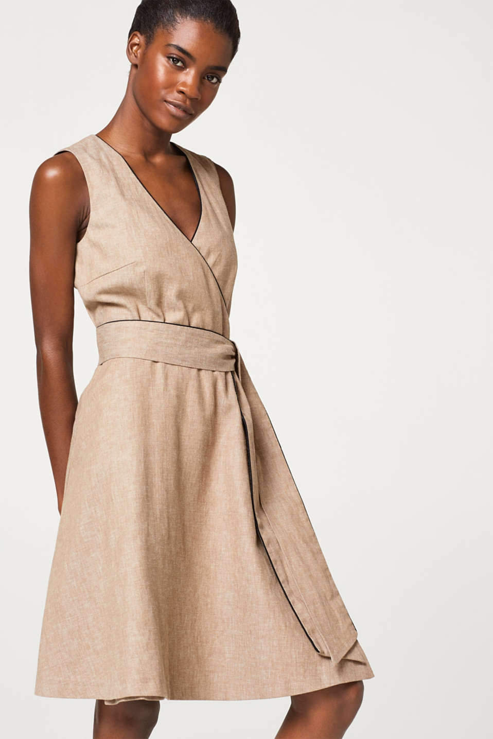 Esprit - Wrap-over dress in a firm cotton/linen blend
