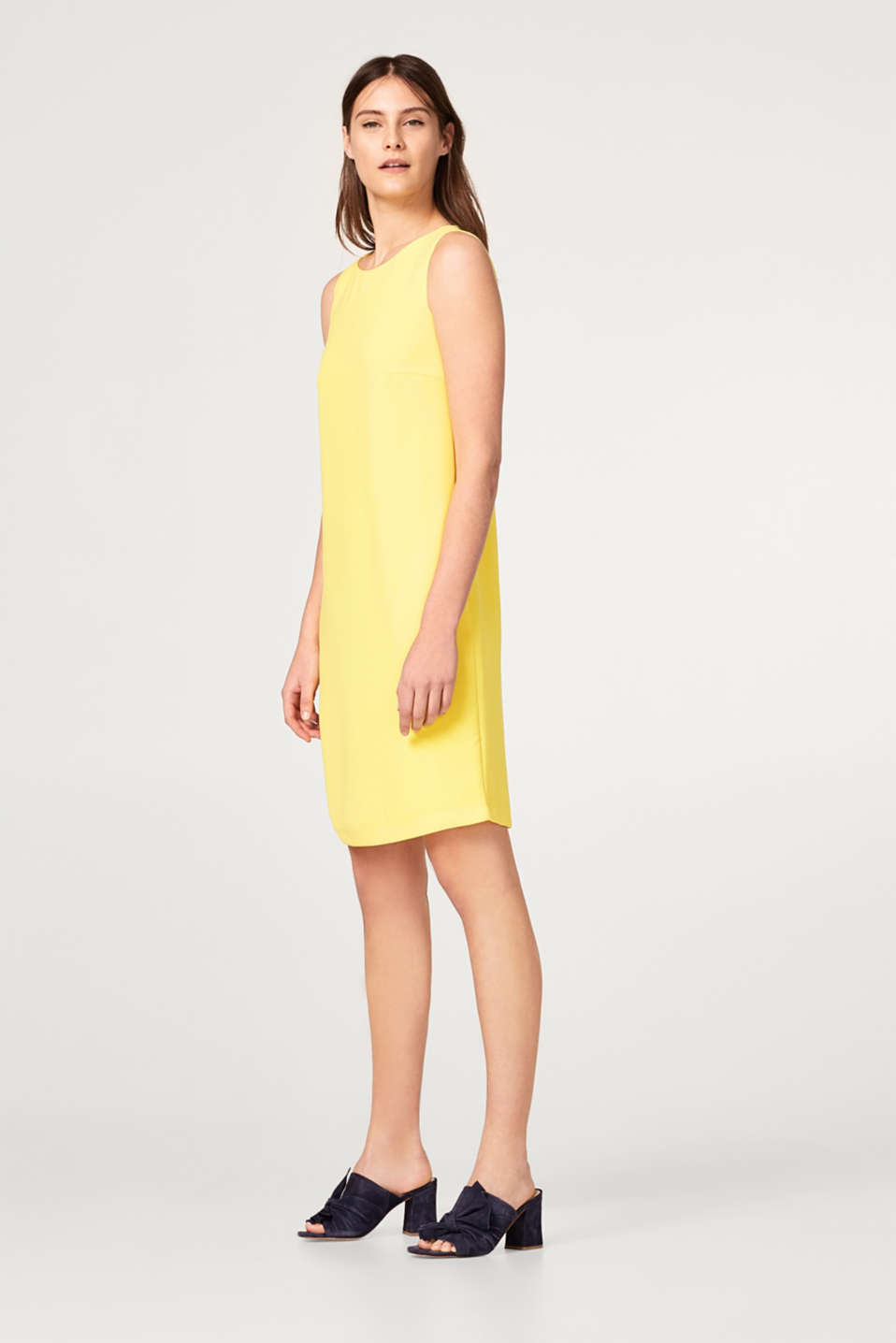 Lightweight crêpe dress in a subtle A-line
