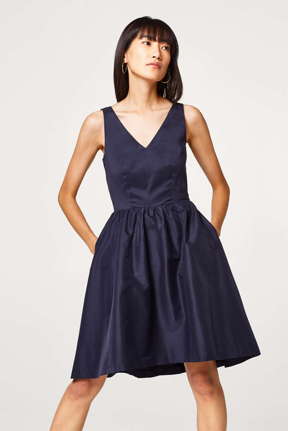 Esprit - Taffeta dress with a high-low hem and back strap