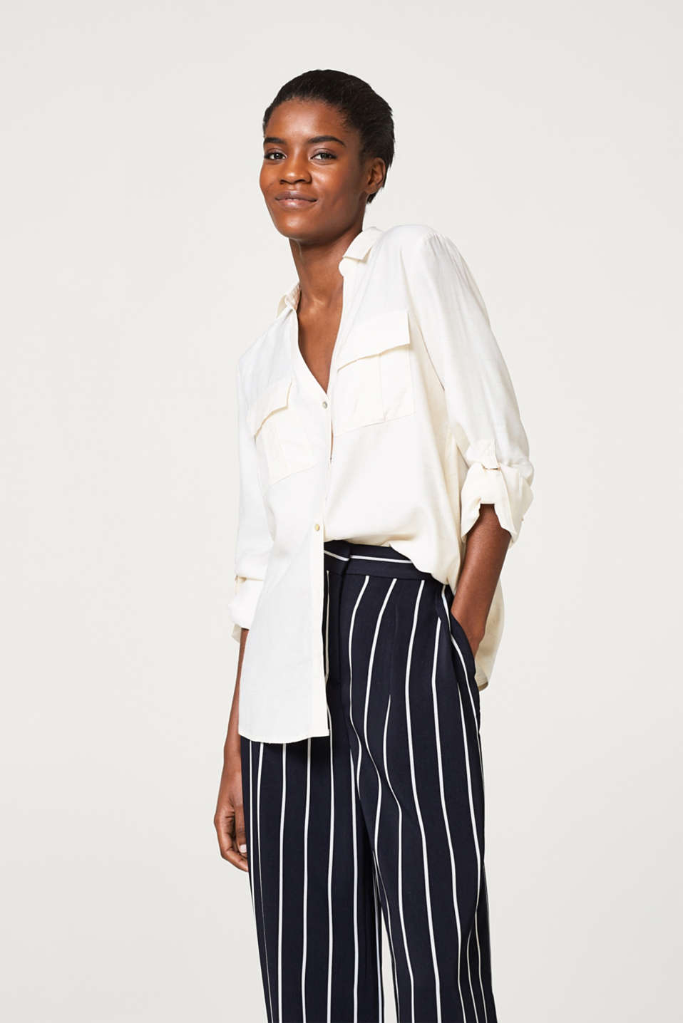 Esprit - Turn-up blouse, in melange blended linen