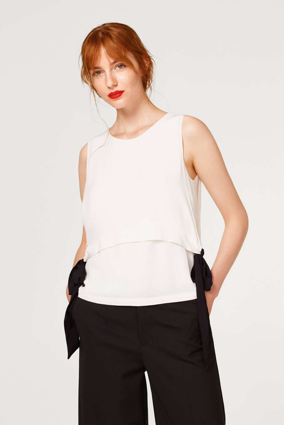 Esprit - Bow detail blouse in a layered design