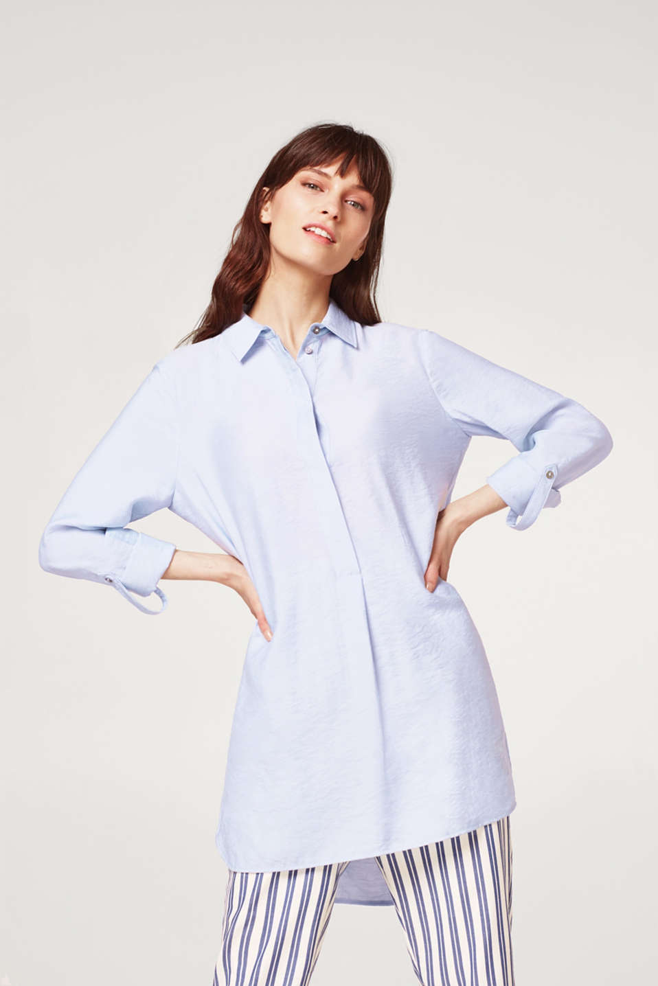 Esprit - Long-Bluse in feinem Crinkle--Look