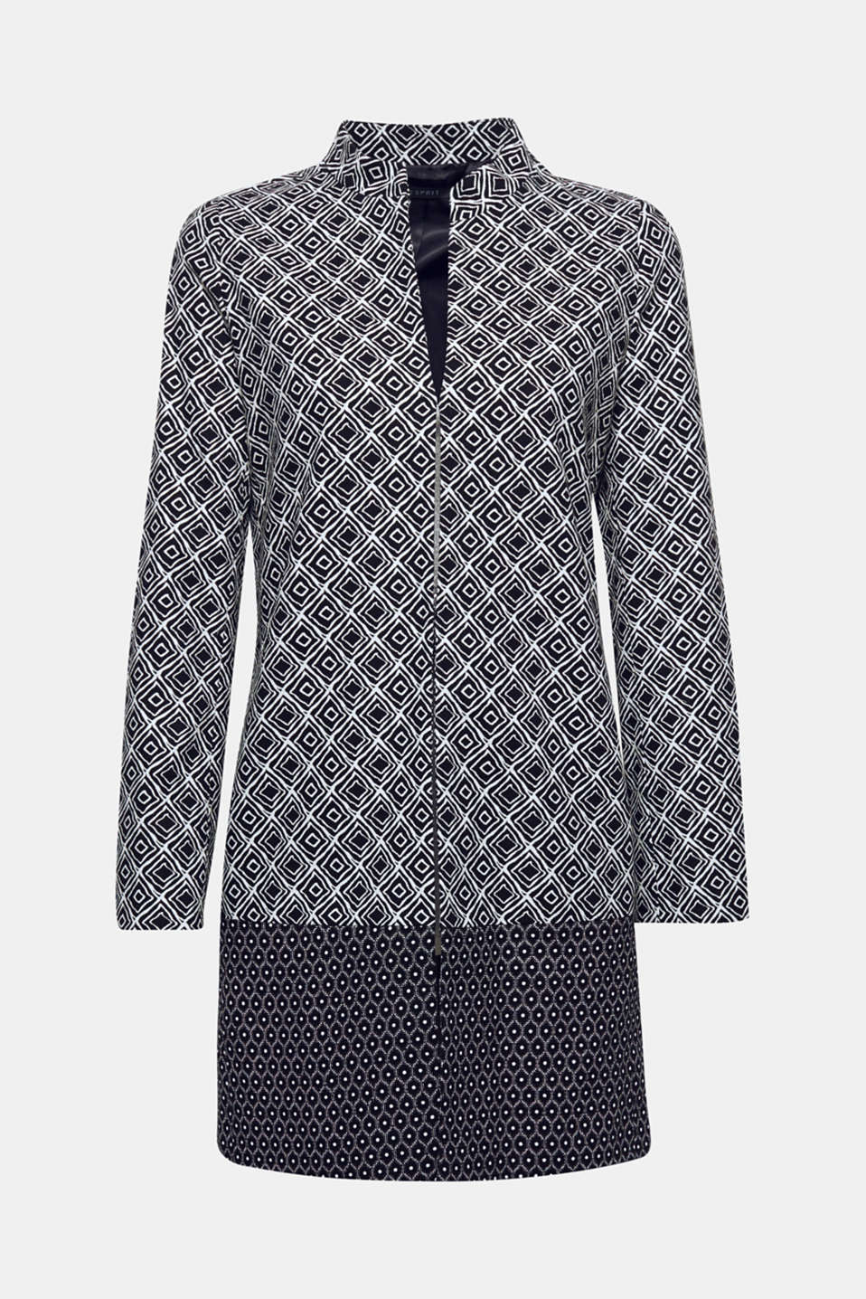 Decorative, geometric prints give this slightly textured coat its modern style! The added stretch ensures super comfort.