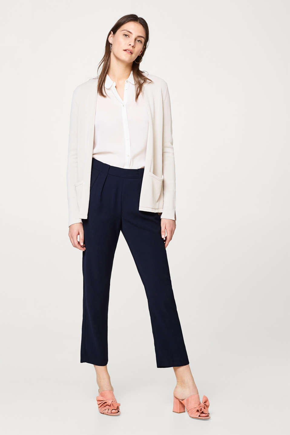 Open-fronted cardigan in softly draped fine knit
