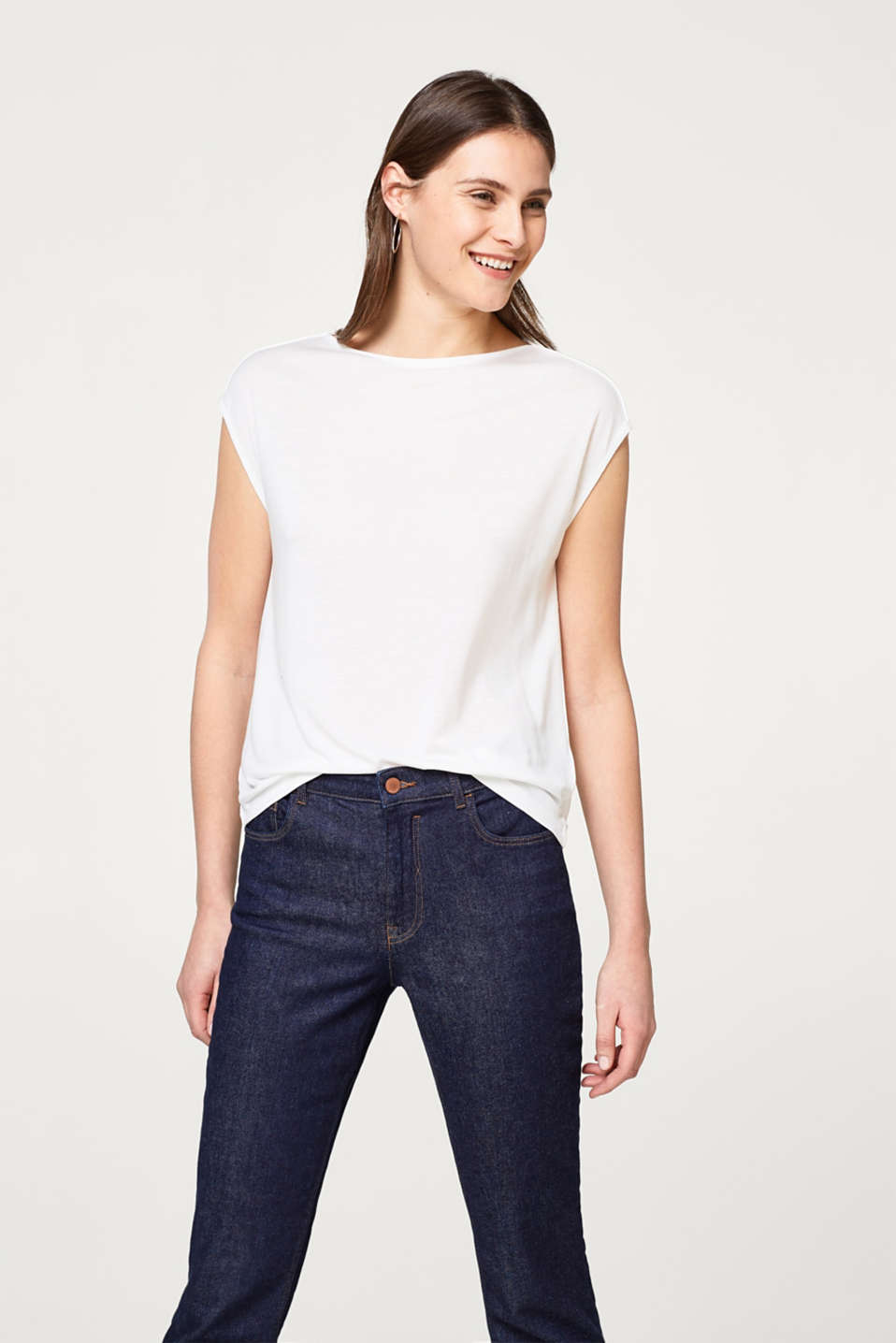 Esprit - Delicate top with piped shoulder seams