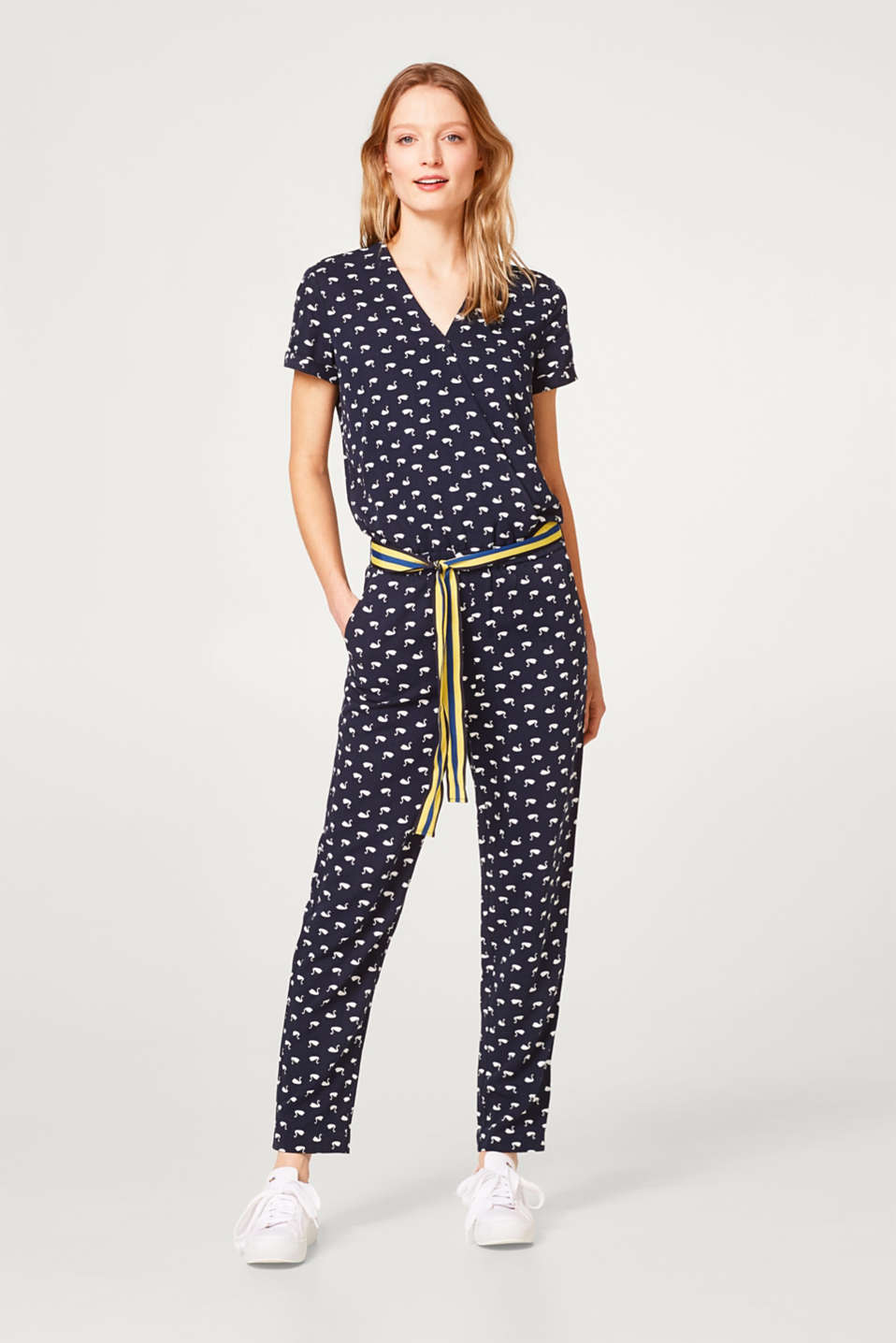 Lightweight jumpsuit with a swan print