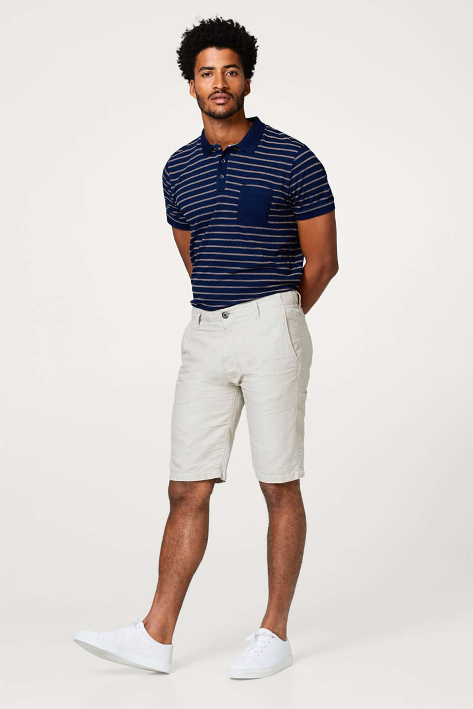 Linen blend: shorts with a fine check pattern