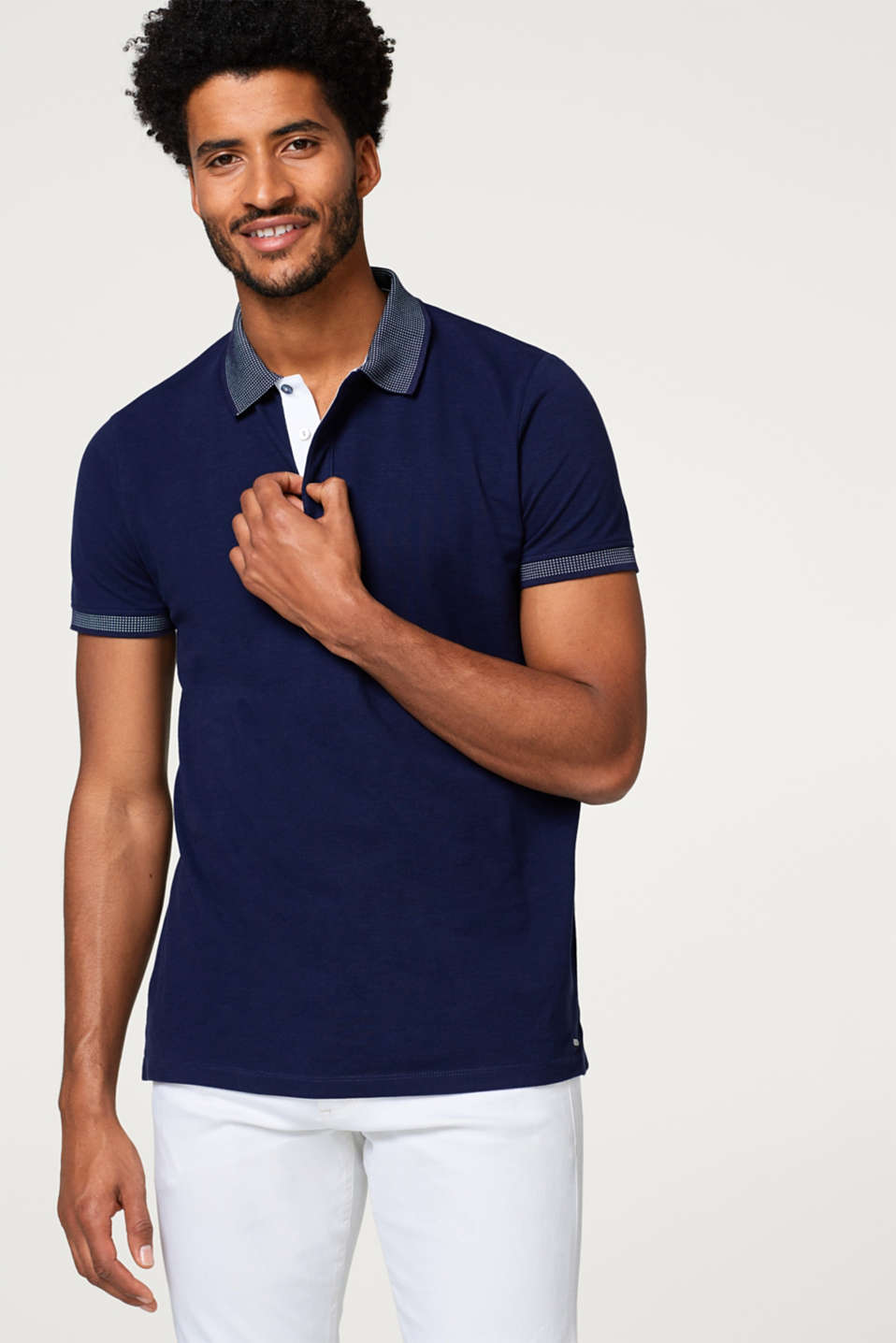 Esprit - Piqué polo shirt with an accentuated collar