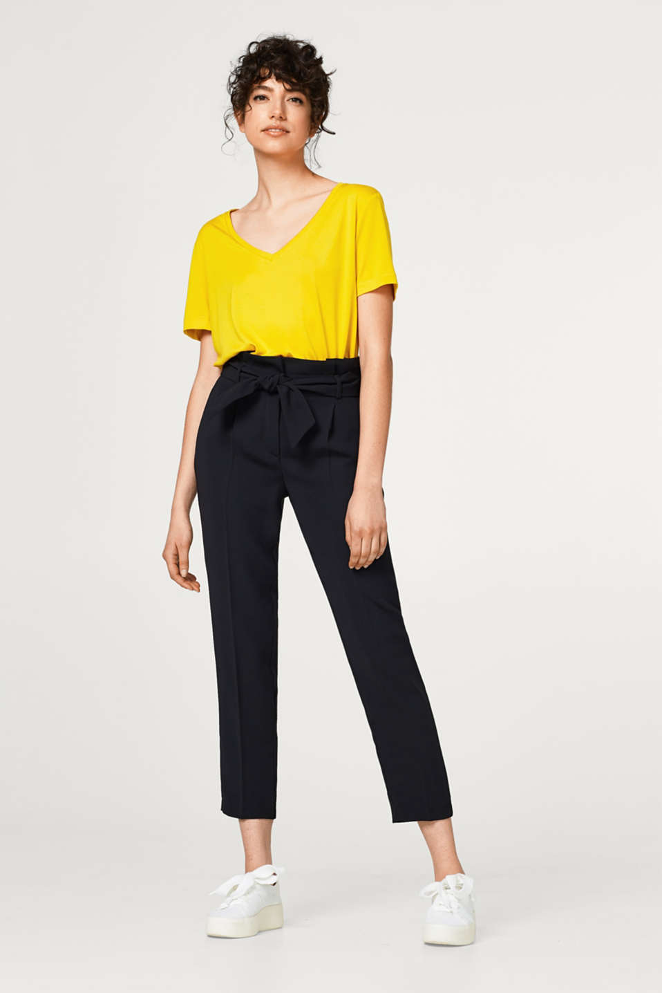 Esprit - Flowing trousers with a high paperbag waistband