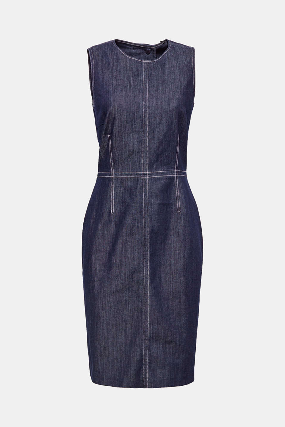 This ultra feminine denim dress provides a body-hugging fit with a sophisticated cut-out at the back.