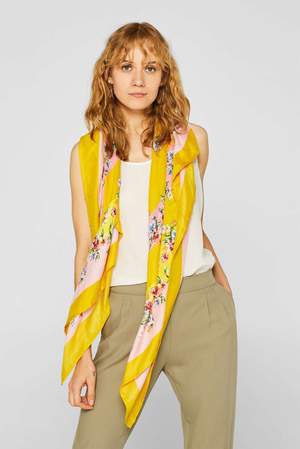 Shawls/Scarves, YELLOW, detail image number 1