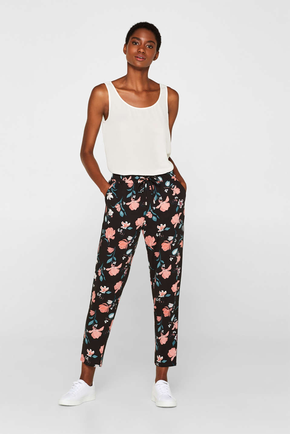 edc - Woven trousers with a print and elasticated waistband