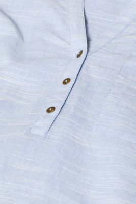 Textured Henley blouse made of 100% cotton