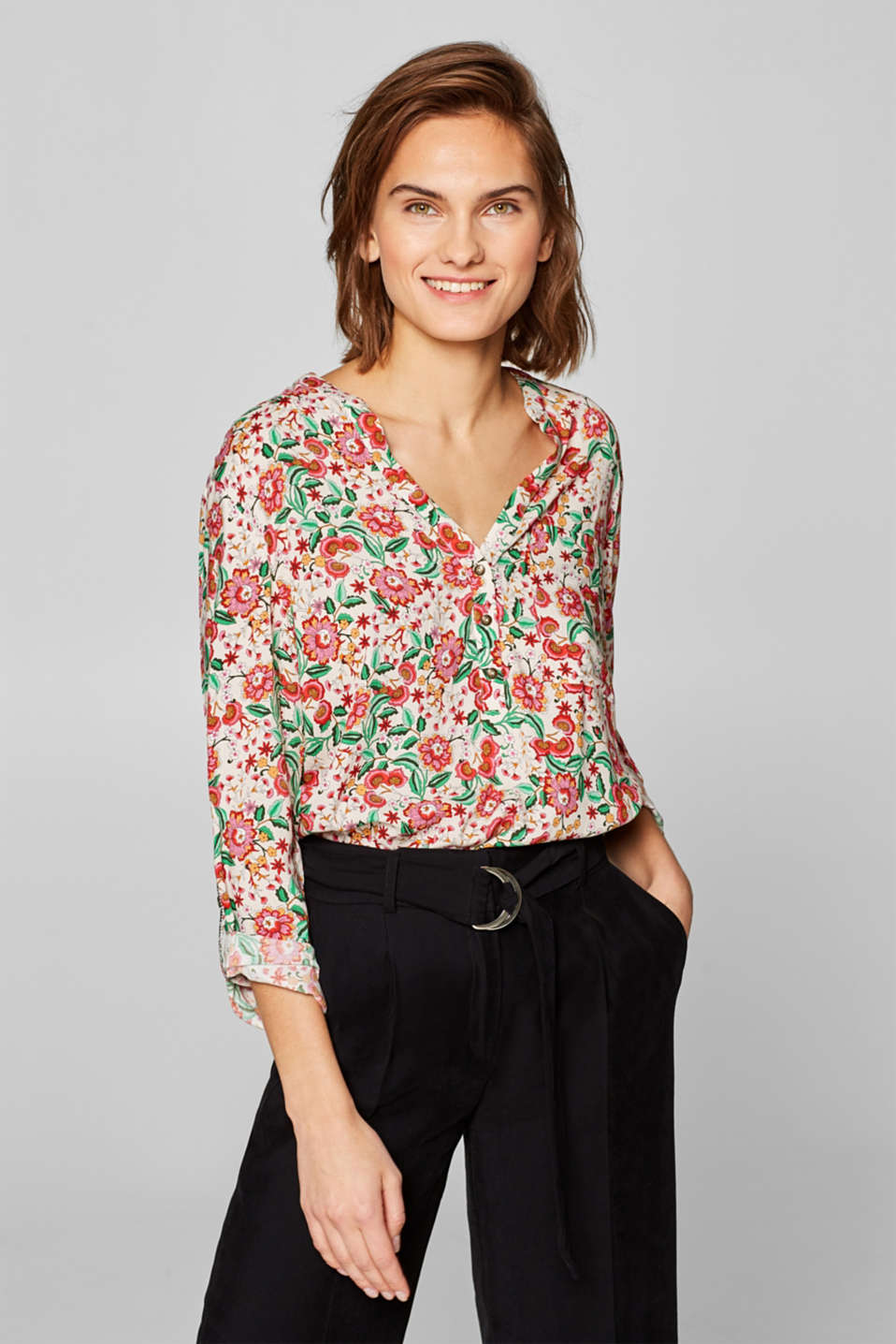edc - Henley blouse with a floral print