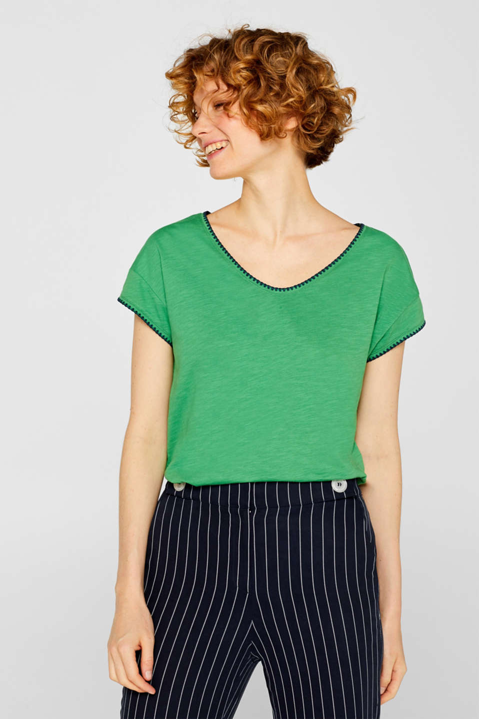 edc - Slub top with contrasting embroidery, 100% cotton