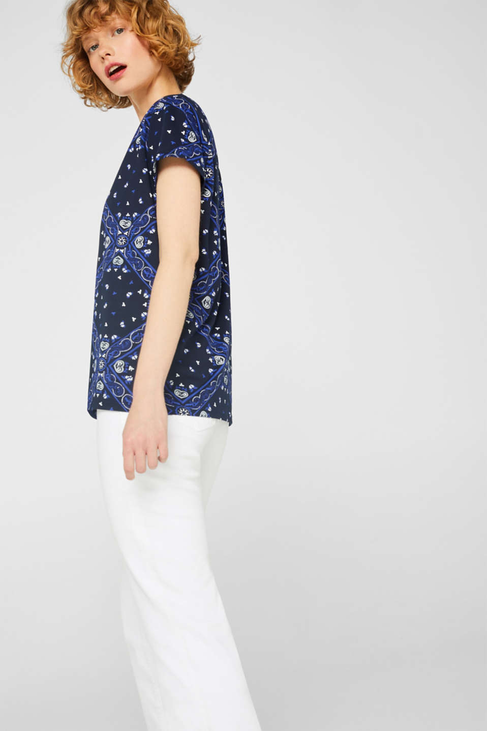 T-shirt with an all-over print, 100% cotton, NAVY, detail image number 5