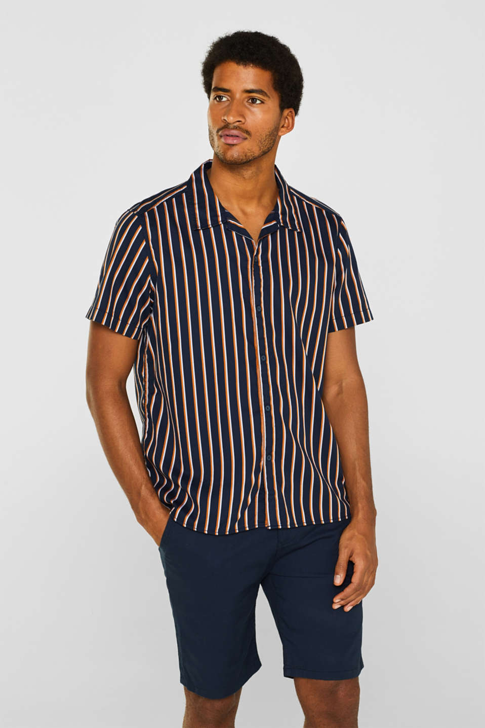 Short sleeve shirt with a Cuban collar, 100% cotton